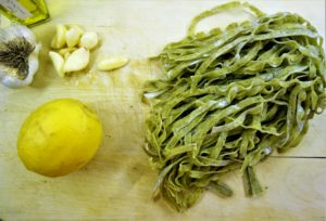 pasta with garlic and olive oil