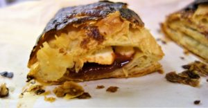 guava and cream cheese pastry