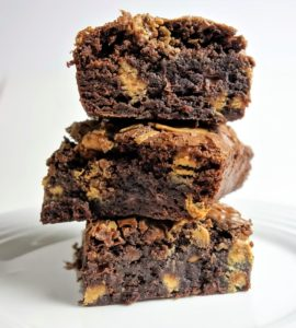DELICIOUSLY CHEWY PEANUT BUTTER BROWNIES - Semi Homemade Desserts