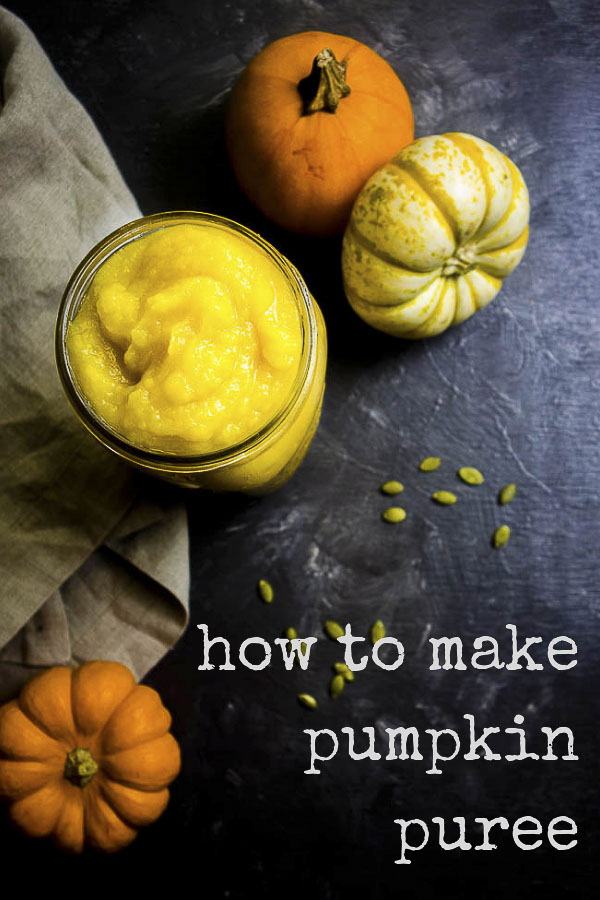 Learn how to make homemade Pumpkin Puree in the slow cooker right in your own home! With all the fall recipes coming up, you want to have a supply of pumpkin puree for all your baking needs. This healthy pumpkin puree has no preservatives or added ingredients, it\'s just 100% PURE PUMPKIN. Pumpkin puree for babies. Vegan pumpkin recipes. #pumpkinpuree #freshpumpkin #fallrecipes