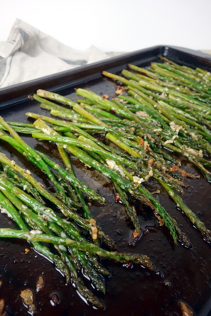 Easy Parmesan Roasted Asparagus Recipe