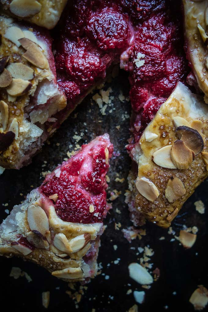 almons raspberry galette close up food photography