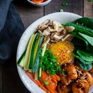 bowl of vegetables, shrimp and egg