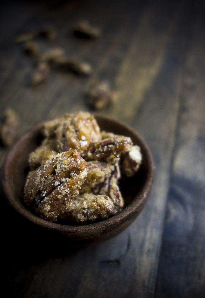 easy candied pecans in a bowl