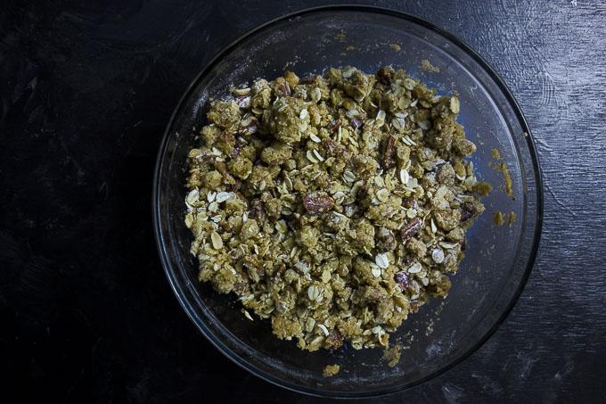 apple crisp topping in a bowl for easy apple crisp recipe