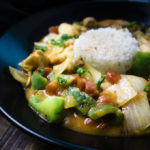 bowl of chicken etouffee with rice