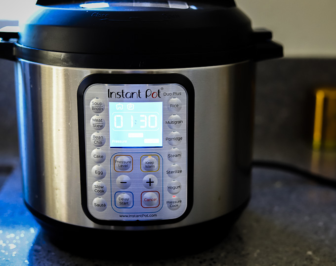 photo of an instant pot set to 1 hour 30 minutes
