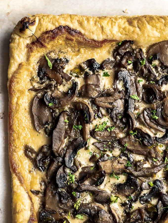 white mushroom pizza on puff pastry