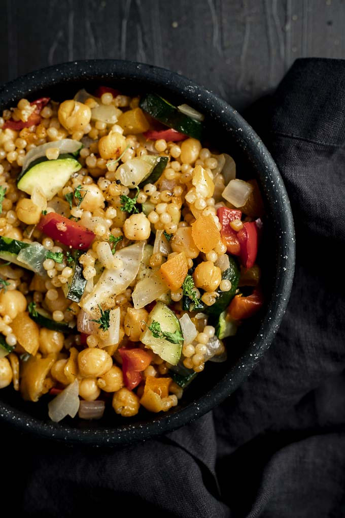 Israeli Couscous Salad with Chickpeas