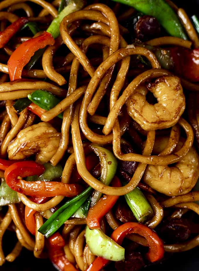 close up shot of noodles in shrimp lo mein