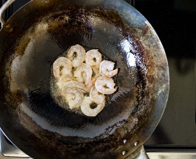 shrimp in a wok