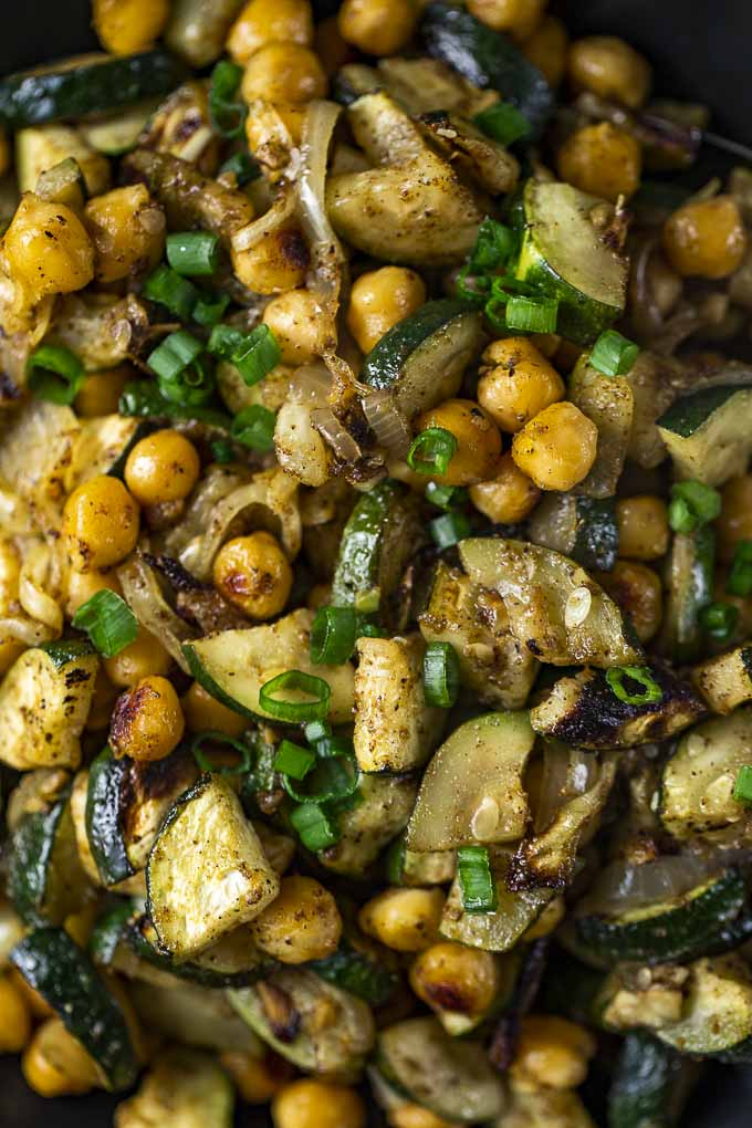 roasted chickpeas and zucchini in yellow curry sauce