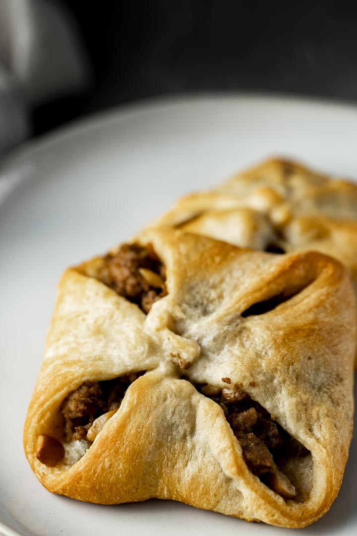 baked dough filled with ground meat